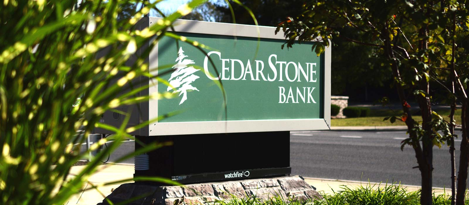 Slide Cedarstone Bank Business1